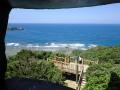 国頭村辺戸岬の巨大ヤンバルクイナがいる風景6